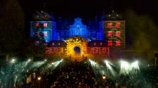 Fanfaren-Flammen-Feuerwerk 2013 - Illumination des Schlosses